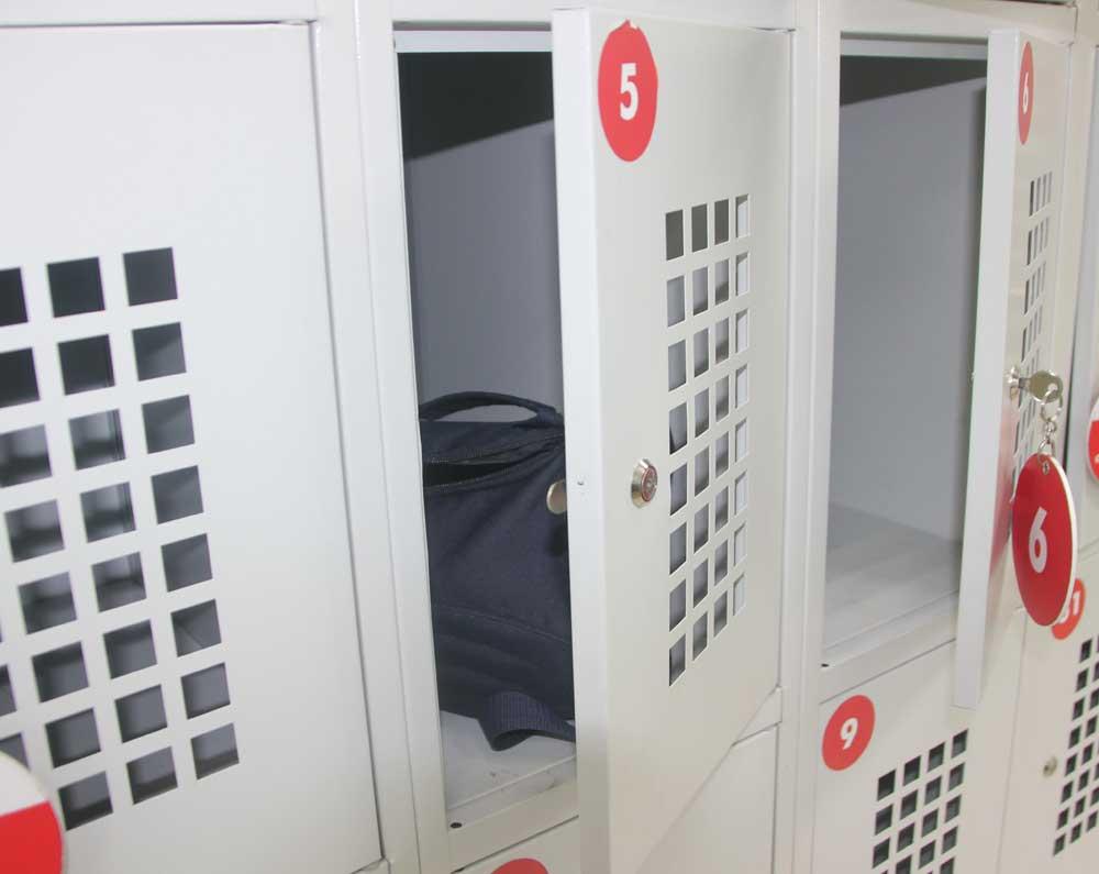 Купить надежные камеры хранения по доступной цене в Джанкое предлагает компания «Техностоун»