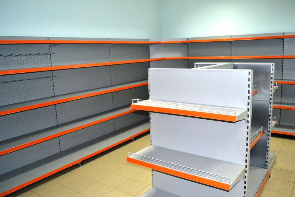 Широкий ассортимент торговых стеллажей для магазинов по доступной цене в Симферополе предлагает компания «Техностоун»